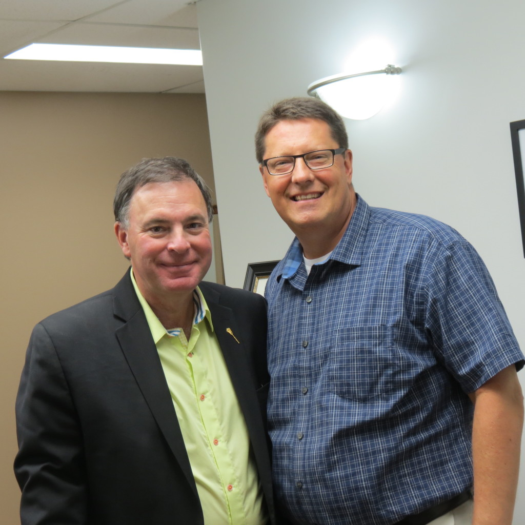 Minister Wyant with MLA Eric Olausen at the Grand Opening of the Saskatoon Churchill-Wildwood and Saskatoon University Constituency Office